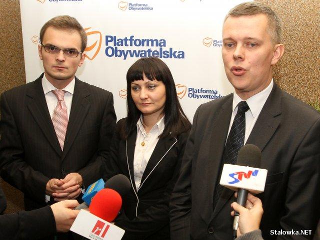 Od lewej: Robert Fila (PO), Małgorzata Chomycz (wicewojewoda podkarpacki), Tomasz Siemoniak (Sekretarz Stanu w Ministerstwie Spraw Wewnętrznych i Administracji).