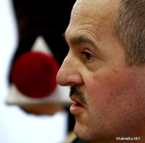 Dyrektor szpitala w Stalowej Woli, Edward Surmacz.