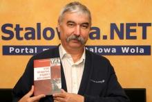 Anatol Diaczyński ze swoją najnowsza książką.