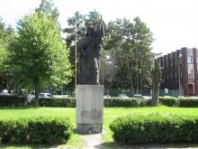 Pomnik św. Floriana przy HSW
