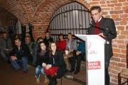 Pedagog Dariusz Zalewski mówił w stalowowolskiej kawiarence Przystań o bezstresowym i klasycznym wychowaniu.