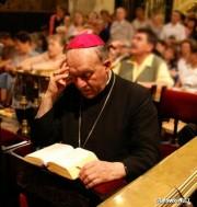 Ks. bp Edward Frankowski, uhonorowany tytułem Pater Urbis
