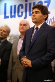 Znane są nieoficjalne wyniki wyborów prezydenckich w Stalowej Woli. Niemal w każdym z punktów wyborczych 29-letni Lucjusz Nadbereżny zdobył większość głosów, co daje mu zwycięstwo w I turze.