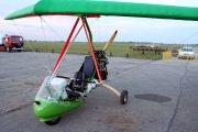A tak wygląda jedna z najnowszych motolotni w stalowowolskim Aeroklubie.