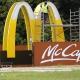 Stalowa Wola: Ogromny pylon McDonalds czeka na montaż