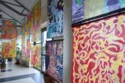 Prace WTZ przy MOPS zadziwiają barwą, są nasycone emocjami i oryginalnym widzeniem rzeczywistości. Wykonane zostały w technice malarstwa na jedwabiu.