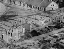 Widok z wieży kościelnej na zniszczona część rynku w Rozwadowie po I Wojnie Światowej.